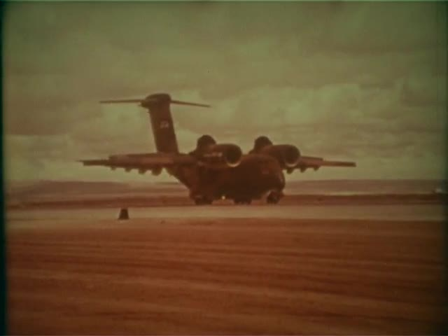The YC-14 (features & capabilities)