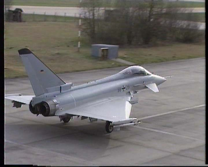 Eurofighter 2000 First flights